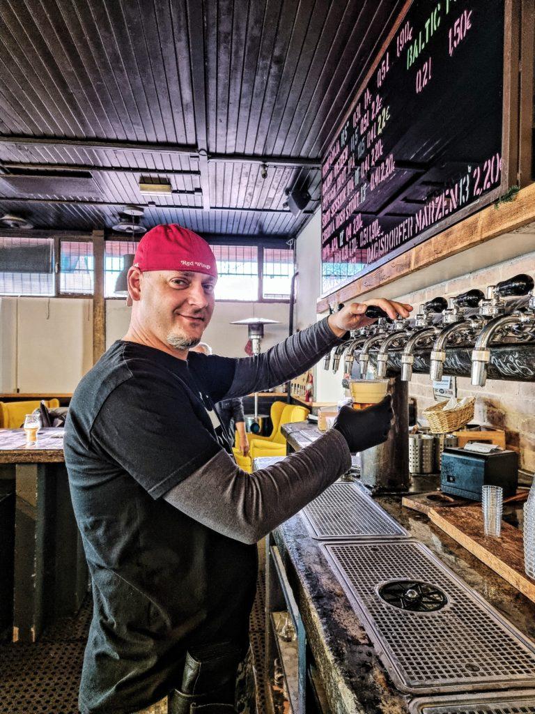 Filip Bendík, kolega, práca, pivovar u ábela, profesia, pivo (2)